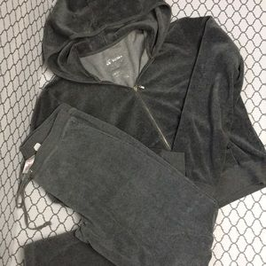 VS Plush&Lush gray velour hoodie & pants set